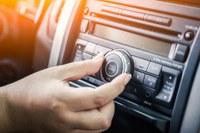 Câmara retoma transmissão das sessões por rádio