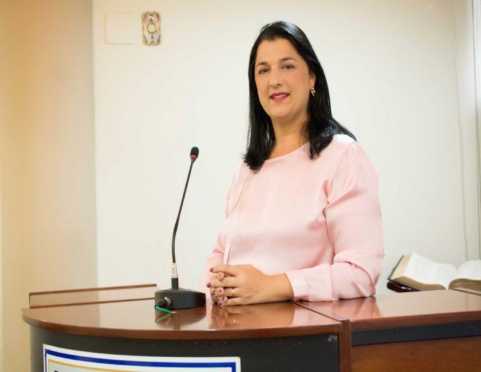 Renata Sabra Baião Fiório Nascimento